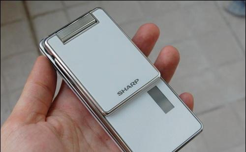 มือถือญี่ปุ่น Sharp SH9220C
