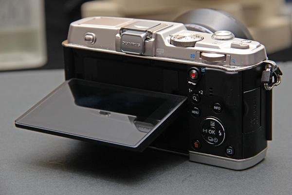 Olympus PEN E-P5 back