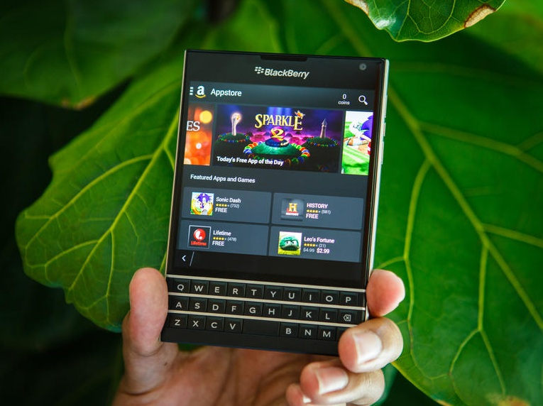 BlackBerry Passport - Omega Gadget 13