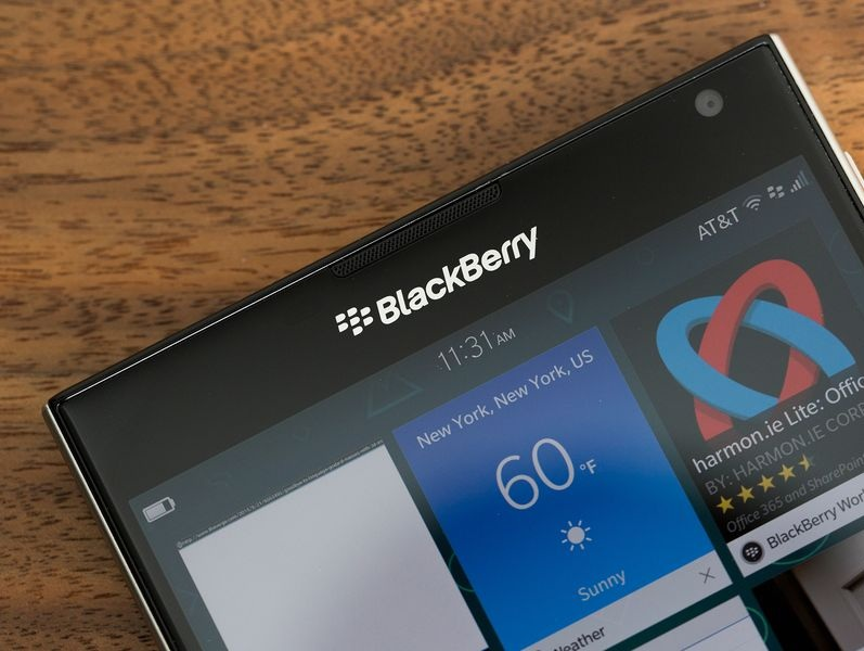 BlackBerry Passport - Omega Gadget 3