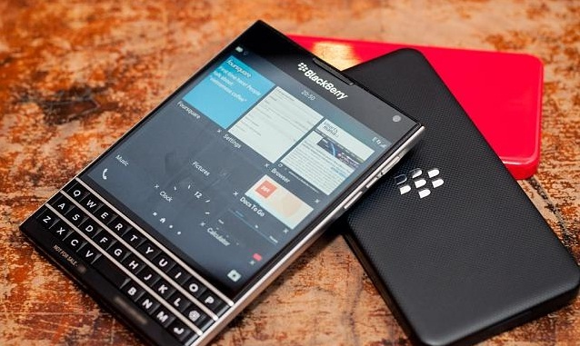 BlackBerry Passport - Omega Gadget 7