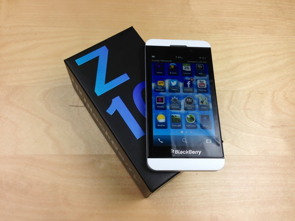 Blackberry Z10 - Omega Gadget 6