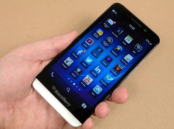 Blackberry Z30 - Omega Gadget 1