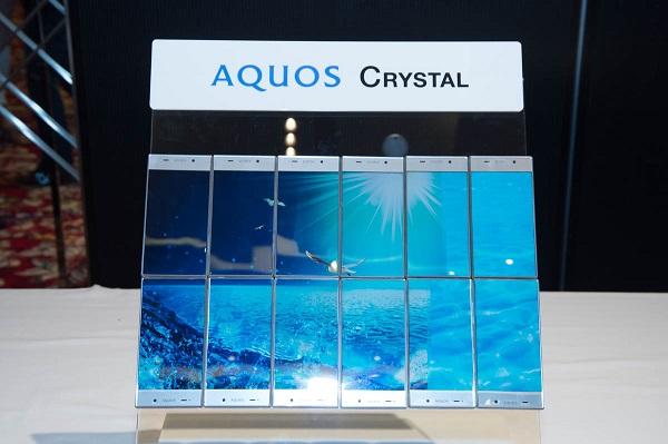 Softbank 305SH Sharp Aquos Crystal - Omega Gadget 5